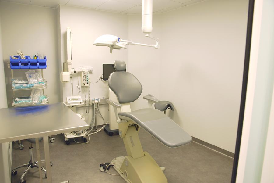 amenagement d un cabinet dentaire pour quatre dentistes dovy elmalan transformation d espaces