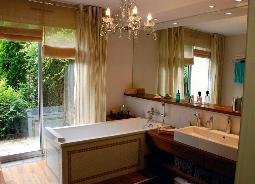 Am nagement d 39 un espace chambre salle de bains for Salle de bain saint etienne