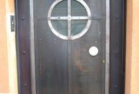 Porte d'entrée en serruerrie