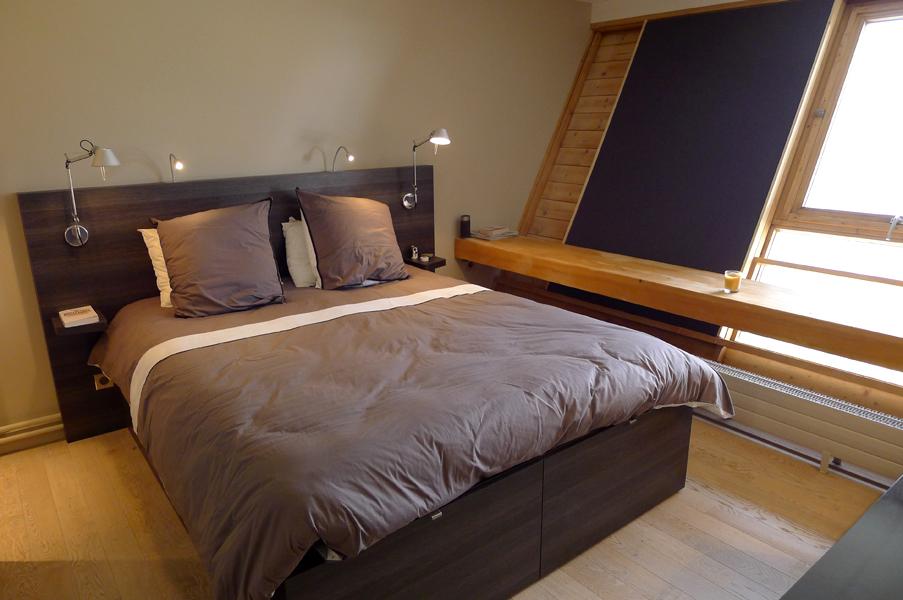 Renovation d 39 un appartement en montagne 2012 dovy elmalan transformation d 39 espaces - Lit enfant sur mesure ...